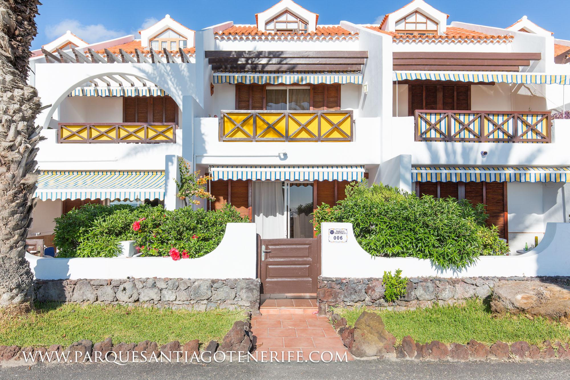 villa-006-entrance-parque-santiago-tenerife-1