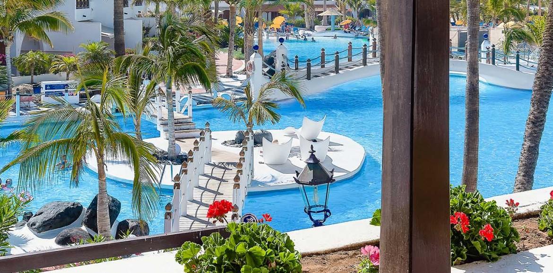 Parque Santiago Iii Apartment And Villa Rentals